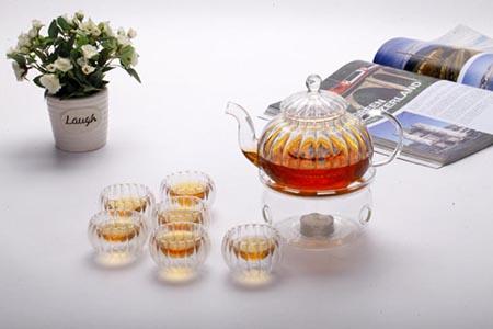 女性减肥可以试试喝茶,这三种茶喝了减肥