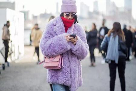 女性秋冬头部觉得冷?可以来一款保暖又时尚的毛线帽