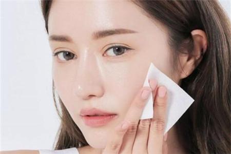 化妆棉使用的小窍门,让女生护肤省钱省力