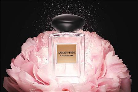 香水女人打造精致生活,一抹牡丹香增加女性温柔