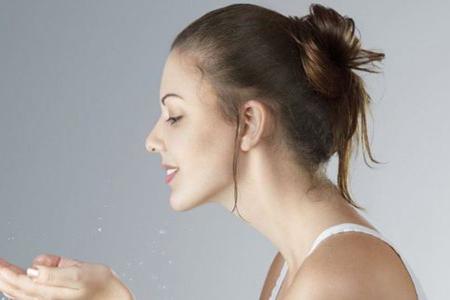 女生所不知道的妆后护理,是决定你肌肤的关键