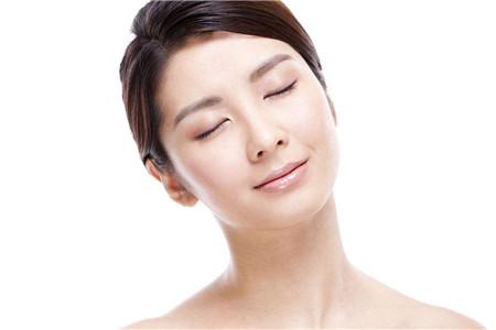 月经前后的肌肤护理,女生如何维护肌肤稳定