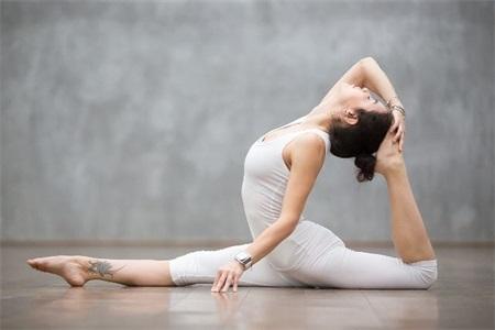 女性练瑜伽能减肥吗?原来瑜伽和塑身有关