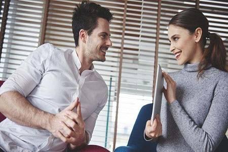 没有底线地隐忍男友的过错,这并不是爱情