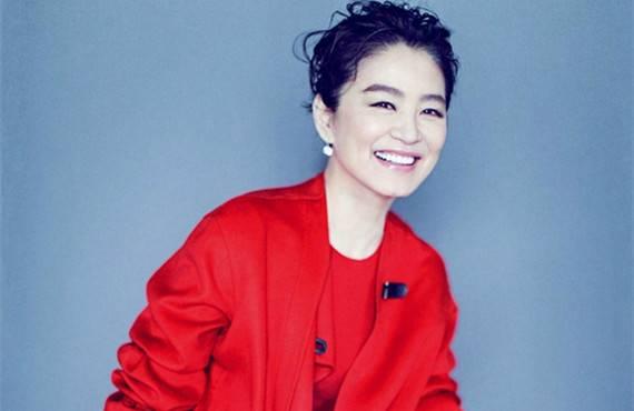 林青霞否认离婚:家庭很幸福,和秦汉复合领证的传闻太离谱
