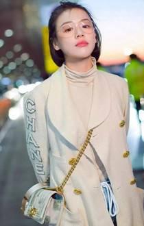 女生穿出小高领的时尚感,刘雯马思纯教你如何搭配